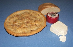 Wensleydale Cheese with bread and apple pie